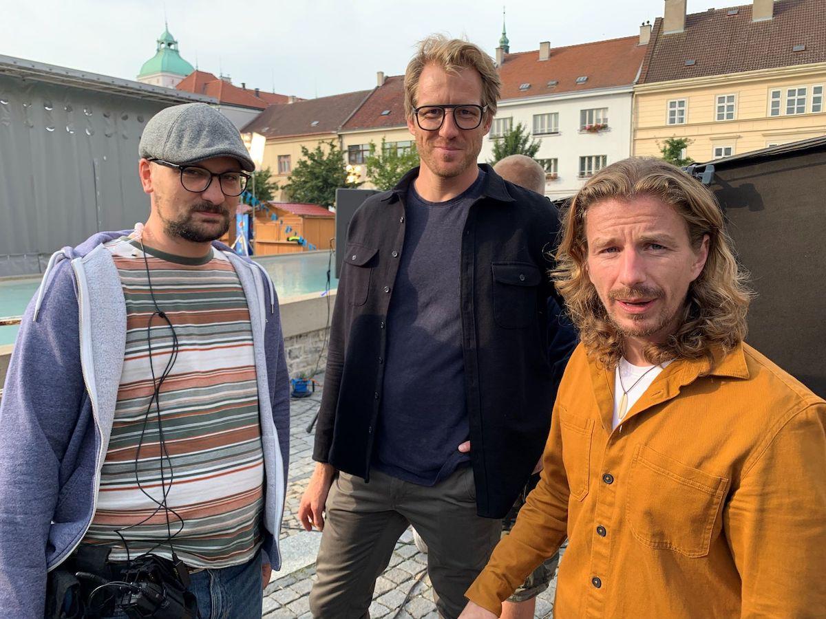 Marcus Krug a Jan Kallista, dvě ze tří hlavních postav reklamní produkce Ad kolektiv (vpravo Endru)