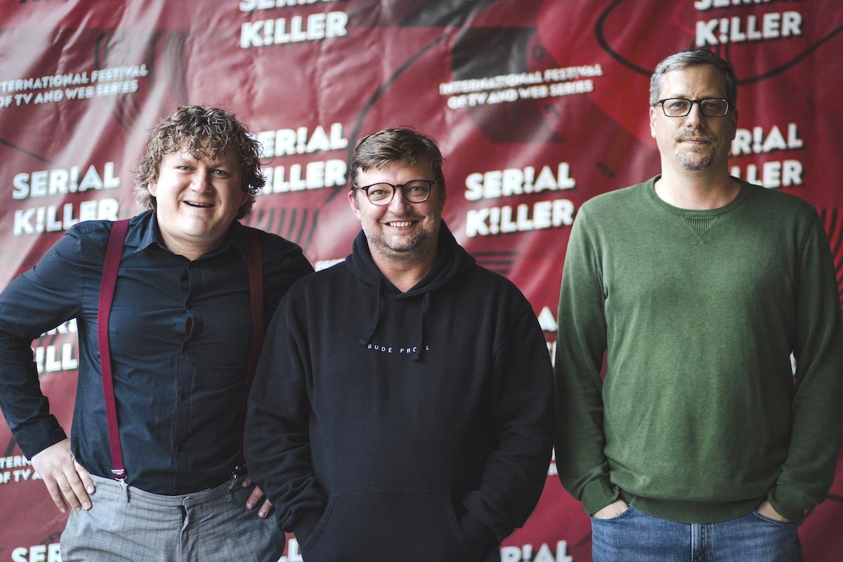 Delegace seriálu Vegani a jelita, uprostřed Michal Isteník. Foto: Serial Killer
